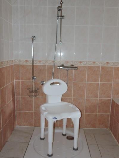 gite handicap location accessible en fauteuil roulant label tourisme et handicaps. Black Bedroom Furniture Sets. Home Design Ideas